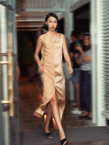 Lam river - Indochine Lanh My A Dress